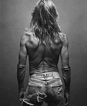 Iggy_pop_back_2